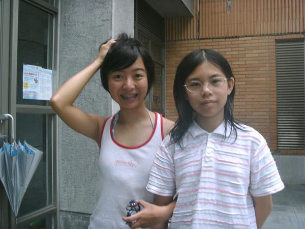 Vo和早班學生(右)