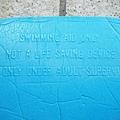 泳池新添購的浮板