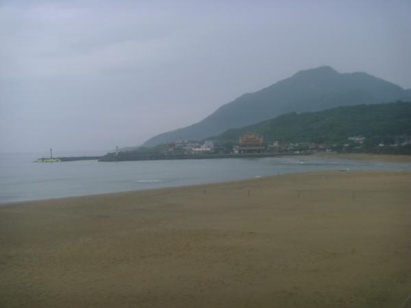 北部很少有這麼美麗的海灘…雖然海不如東部和南部的藍~