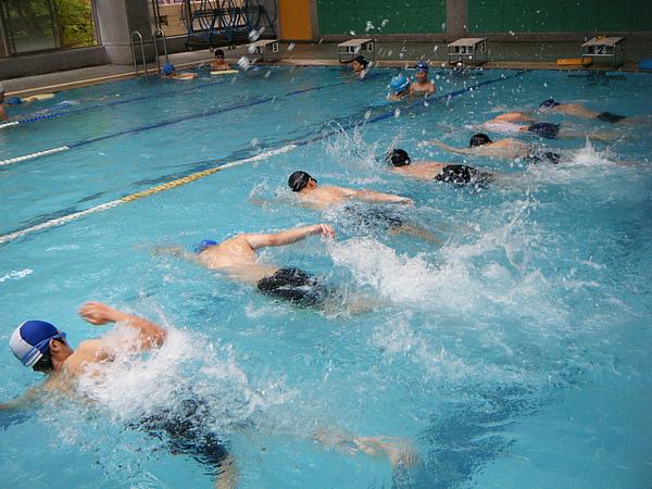每個人都能游得動,只是游得遠或近