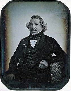 File:Louis_Daguerre_2.jpeg