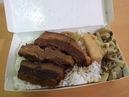 金鋒魯肉飯