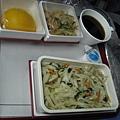 機上餐炒麵(2)