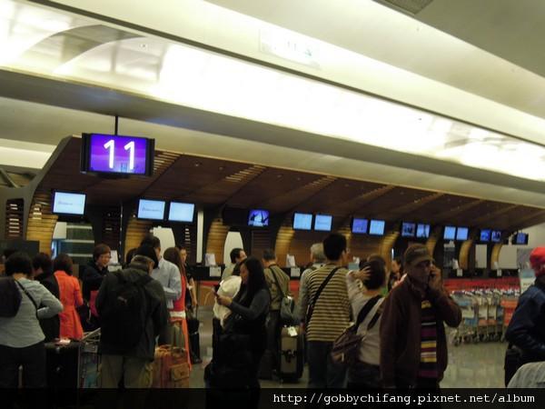 9點多的第一航廈,人來人往!!