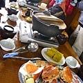 當天的午餐,就像大的火鍋,也都是蝦蟹類的就是了