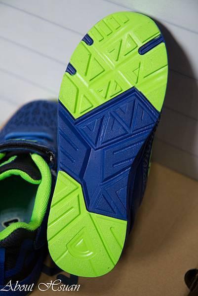 球鞋-4.JPG