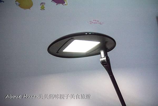 台燈-9.JPG