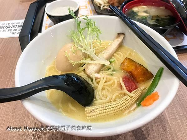 台中三井美食街-8.JPG