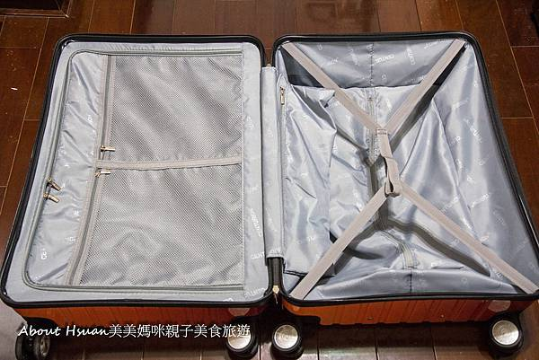 行李箱-3.JPG