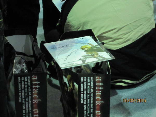 井上麻里奈的簽名!