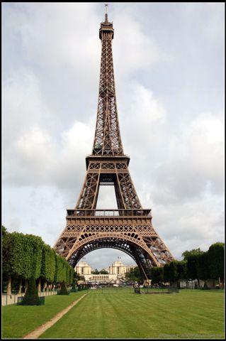 q 版 巴黎 鐵塔