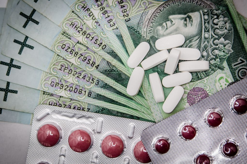 medications-money-cure-tablets-47327.jpeg