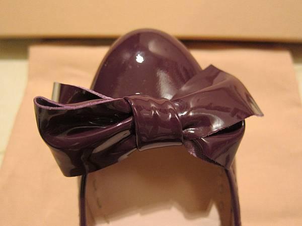 MIUMIU鞋  (10).JPG