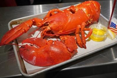 NY Chelsea Market lobster -gogoenglish