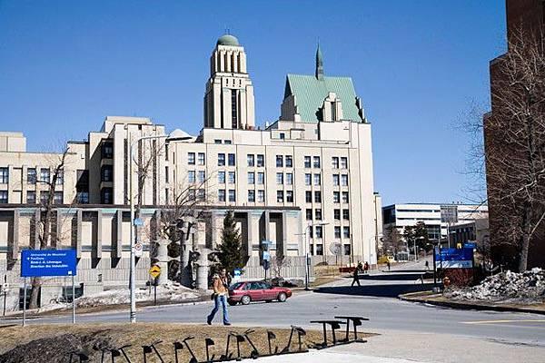 蒙特婁大學