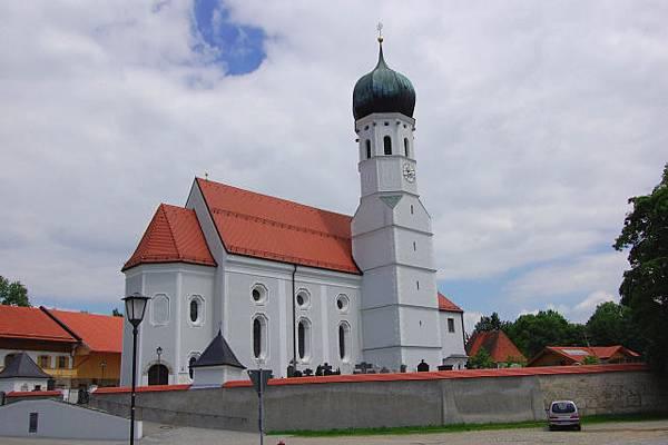 Kleinhelfendorf_-_Pfarrkirche_St._Emmeram_-_geo-en.hlipp.de_-_11333