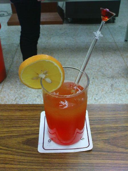 特吉拉日出-Tequila Sunrise