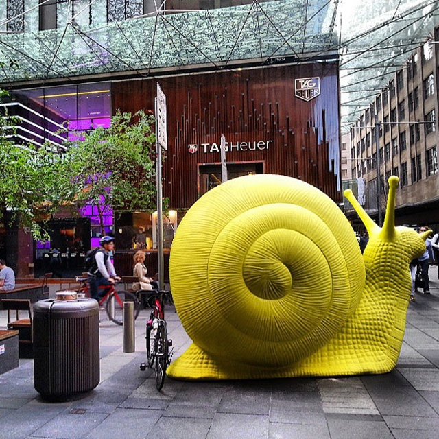 24-giant-fluorescent-snails-scattered-around-sydney-94983