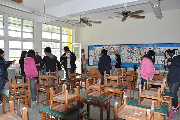 打掃教室.JPG