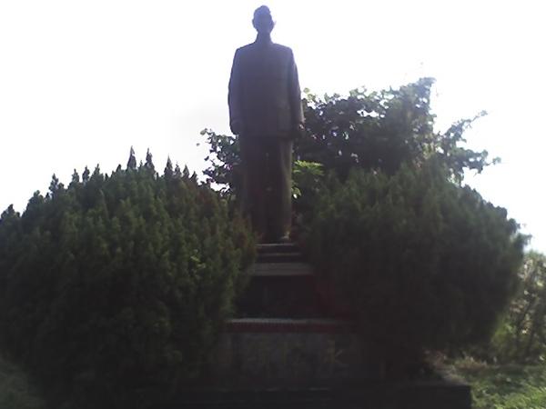 山頂老蔣銅像