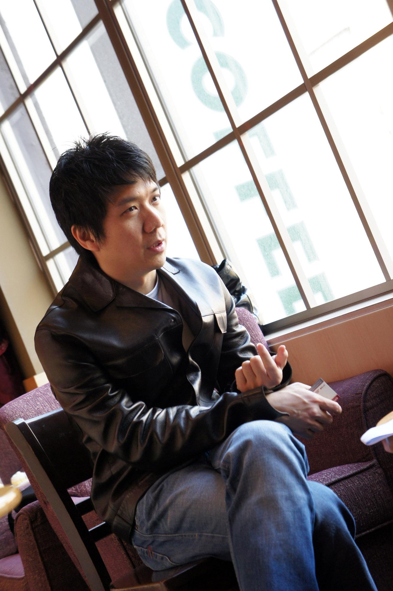 20110408《走出五月》電影記者會照片(導演訪問側拍)12.jpg
