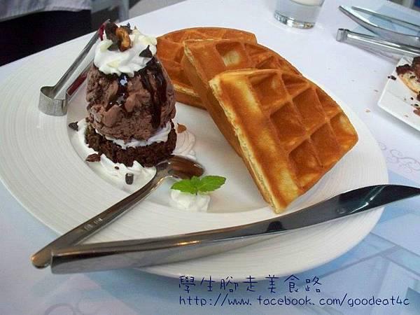 瑞雪冰淇淋鬆餅