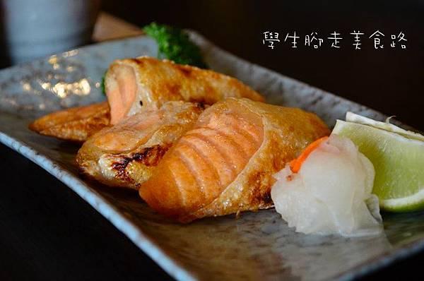 鹽烤鮭魚肚.jpg