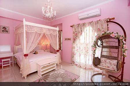 1-粉紅公主雙人房-1