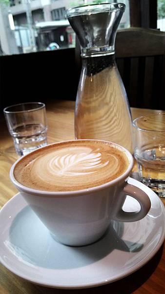 【桃園。早午餐】木桌子 巷弄發現好咖啡