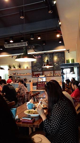 【桃園。早午餐】am&pm洋食館  料好扎實好吃唷~