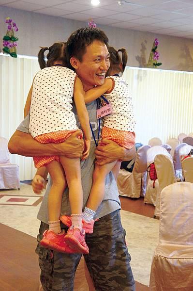 張先生與兩個女兒