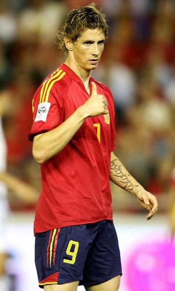 Fernando-Torres-fernando-torres-652394_428_712.jpg