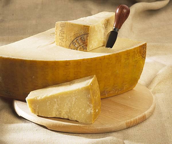 Parmesan1.jpg