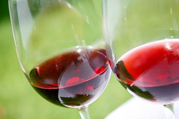 WC_Beaujolais_Generic-Wine.jpg