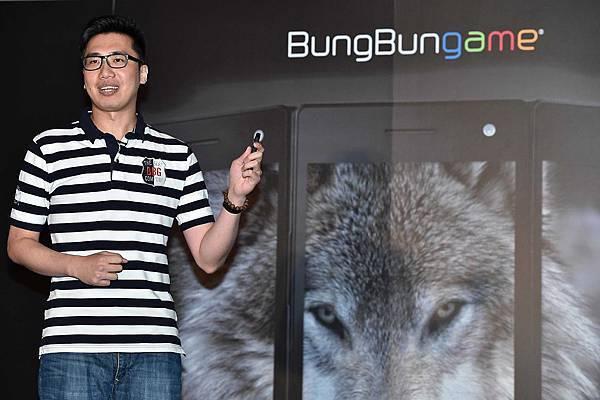 圖說四:戲智科技董事長徐三泰表示WOLF將為使用者帶來前所未有的高CP值的行動新體驗!