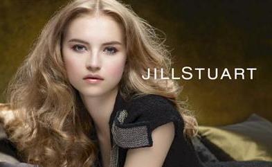 JILL STUART的謬思靈感,讓純真女孩在秋冬展現深邃...