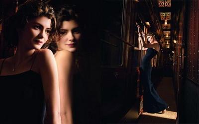 香奈兒 N°5奢華精緻的隨身香水 牽動愛情與旅行的難忘印記