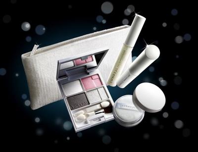 佳麗寶Lunasol 2009聖誕彩妝 月光淨化系列