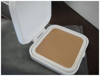 RMK 水凝柔膠粉餅