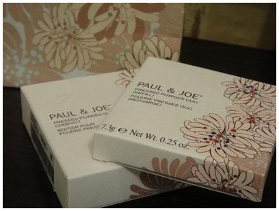 PAUL&JOE糖瓷光霧蜜粉餅