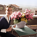 photos-audrey-hepburn-rome-italy.sw.0.audrey-hepburn-rome-style-ss01.png