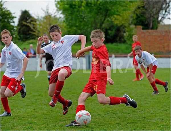 足球從小開始