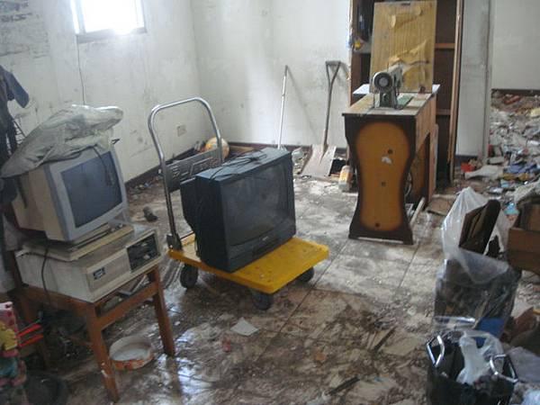 裁縫機老電腦