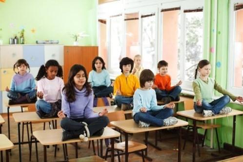 取代了「勞動」,用「靜止」來規勸學生,是美國羅拔高曼學校對付頑皮學生的新絕招。