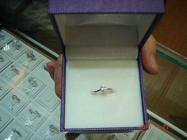 百人幸福見證活動,婚戒,結婚金飾,鑽石價格,gia鑽石,結婚鑽戒,訂婚戒指,結婚對戒,金飾,鑽石對戒,情人對戒,鉑金鑽戒,鑽石項鍊.JPG