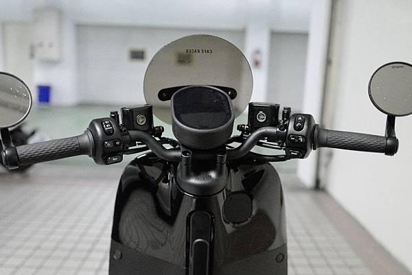 gozilla_狗吉拉_改裝配精品配件_gogoro2_s2_cafe_racer_adventure-039.jpg