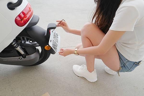 gozilla-狗吉拉-gogoro2-gogoro-車牌強化保護-手機架-加長前土除-皮革鑰匙保護套-s2-delight-deluxe-plus-016.jpg