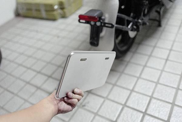 gozilla-狗吉拉-gogoro-s2-cafe-racer-delight-平面鋁合金踏板-車牌框-手機架-補助-價格-46.jpg