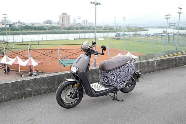 gozilla-狗吉拉-gogoro-s2-cafe-racer-delight-平面鋁合金踏板-車牌框-手機架-補助-價格-53.jpg