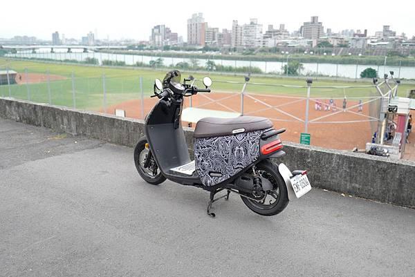 gozilla-狗吉拉-gogoro-s2-cafe-racer-delight-平面鋁合金踏板-車牌框-手機架-補助-價格-56.jpg